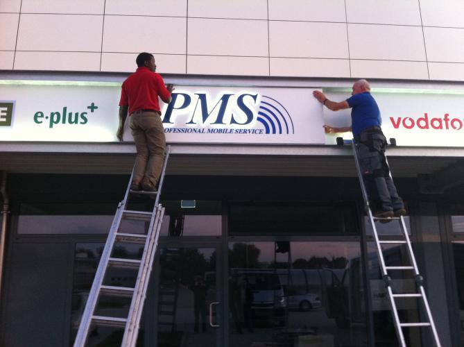 PMS Außenwerbung Schild Logo